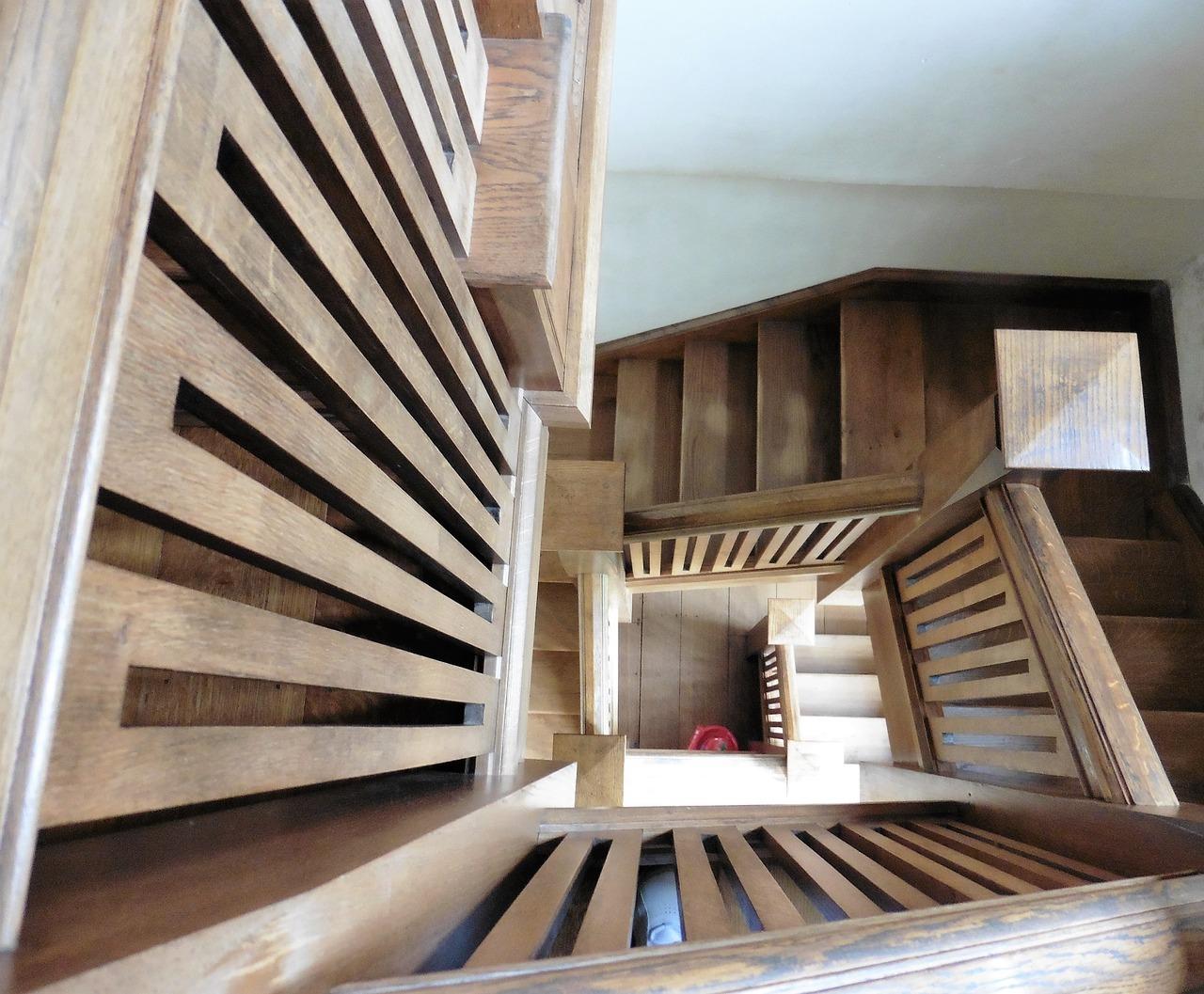 dřevěné schodiště1